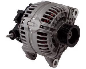 Alternador automotriz BOSCH - Dodge Ram 8 cil - 5.7L 2007-2009 - Amperaje 136 Amperes, Cant Ranuras 7 Ranuras, Voltaje 12 Voltios, Sistema Bosch , Serie ER/IF , Giro CW
