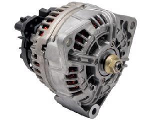 Alternador automotriz BOSCH - Amperaje 110 Amperes, Voltaje 24 Voltios, Serie IR/IF , Sistema Bosch , Giro CW