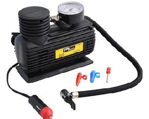 Surtek -  Cordón del encendedor de su auto y el adaptador a la válvula/Incluye boquillas/Manómetro incluido