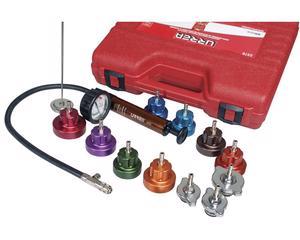 Urrea -  Inyecta aire a presión hacia el radiador, por medio de la bomba y el adaptador adecuado, si existe fuga, el manómetro detecta la caída de presión/Juego para detección de fugas en radiador 14 piezas Urrea