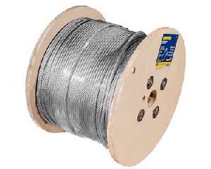 Surtek -  Construcción de cable 7 x 7 que otorga mayor rigidez/Cuenta con recubrimiento de PVC/Fabricado de acero aleado con acabado galvanizado/Incluye guardacabo