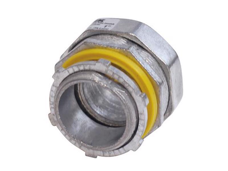 136835 Conector recto para tubo liquid tight 3/4in Surtek. -Fabricados en zamak con terminado cromo satinado-Con sello de hule