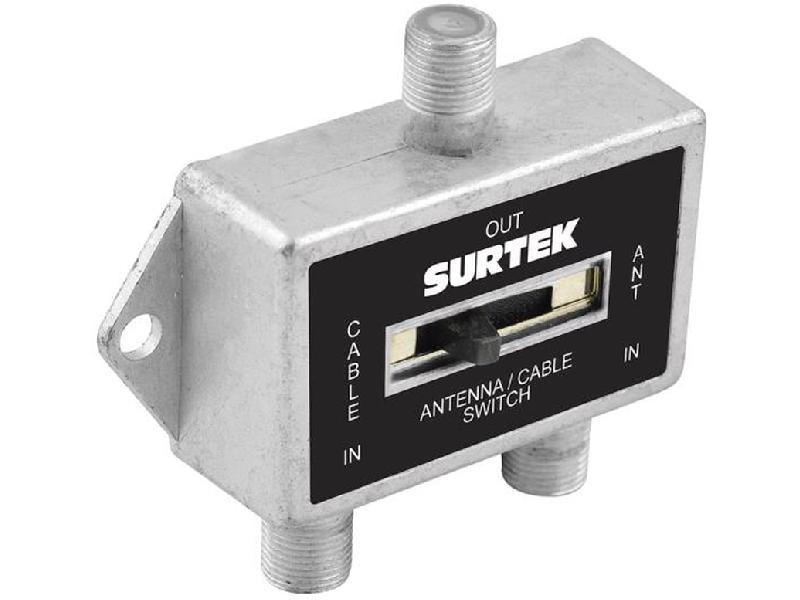 153209 Selector coaxial 2 entradas 1 salida Surtek. -Fabricado en zamak con acabado anticorrosivo-Conectores maquinados-Interruptor de alto desempeño